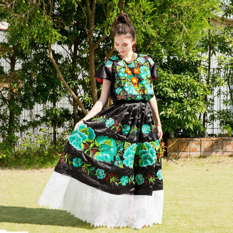 メキシコの民族衣装