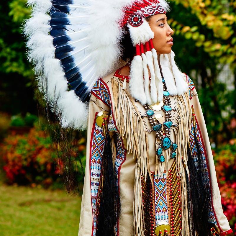 ネイティブアメリカン(インディアン)の民族衣装